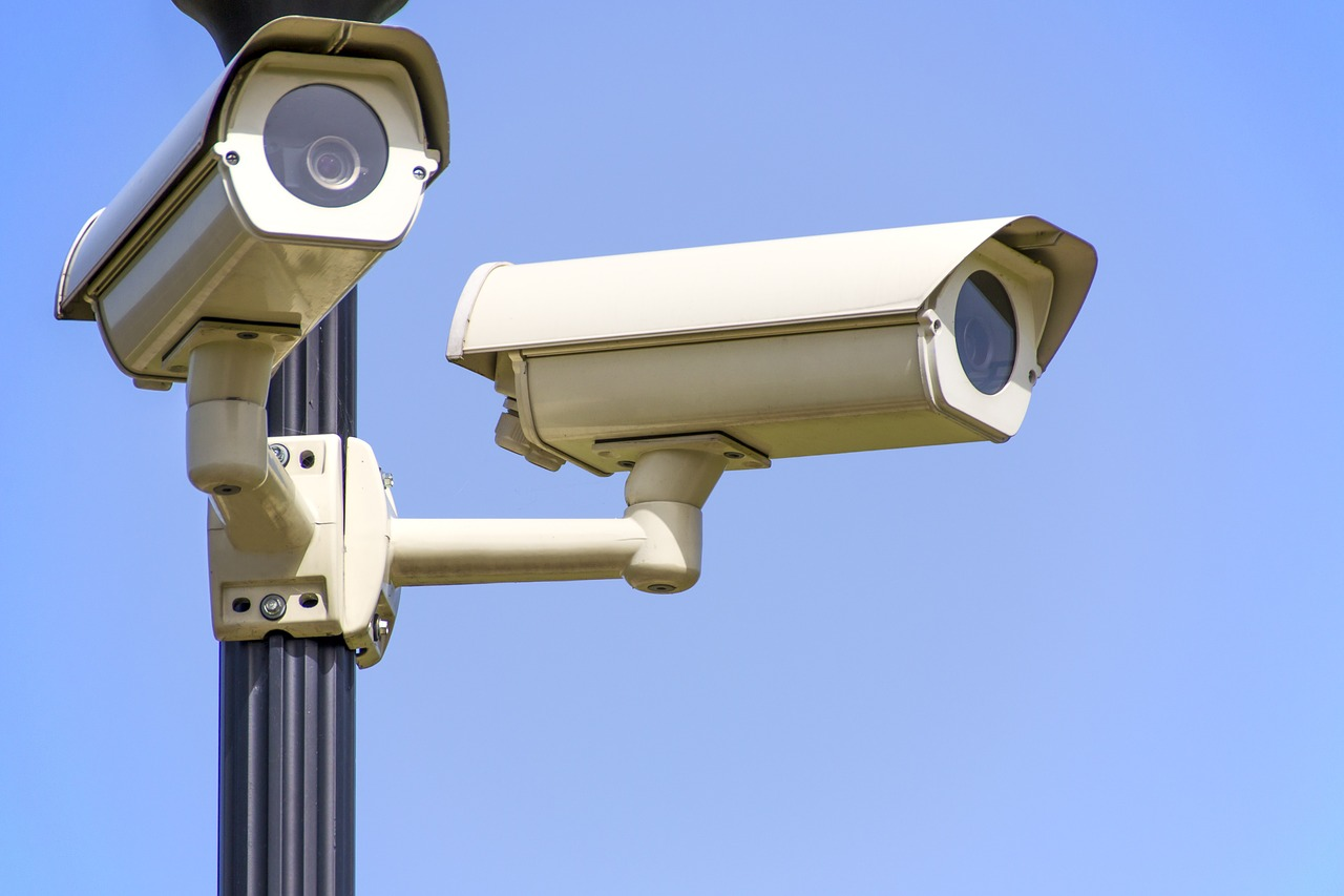 Caméra de surveillance  à Taulé